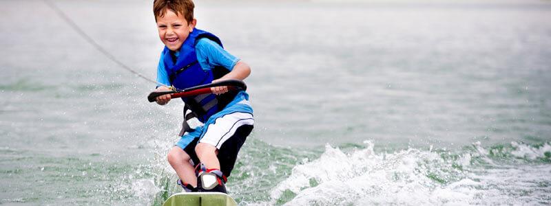 kernock_kids_wakeboarding